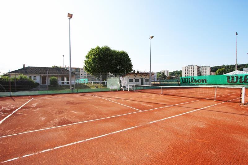Court Jean Platroz et ancien Club House